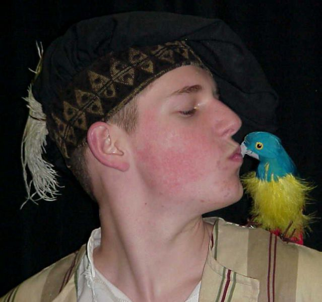 Baker-Bird-kiss